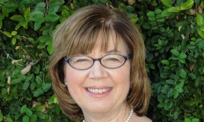 Professor Linda Shaw
